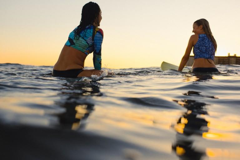 30-surfer-girls-beach-trip